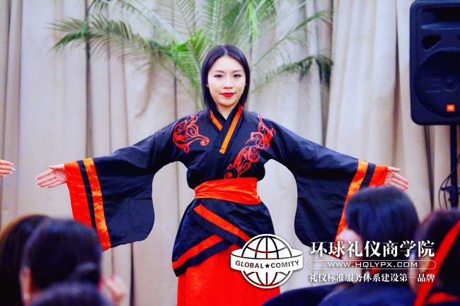 古典雷火电竞官网app培训汉服雷火电竞官网app5